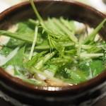 うち山 - 鱧と松茸の小鍋仕立て