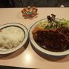 長崎 - 料理写真:定番メニューのランチ\1000。とんかつとハンバーグの両方が載るといいう重量打線