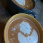 カフェデルソル - ドリンク写真:カフェラテとカフェモカ