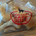 DOG DEPT + CAFE -
