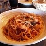 44082561 - タコのトマトソーススパゲッティ