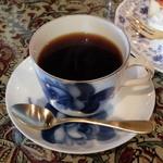 さくらんぼ - ホットコーヒー