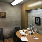 慶華飯店 - 一階の奥のカウンター席