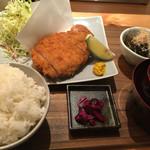 MORI-MESHI 小田原 - さがみあやせ豚のロースカツ定食