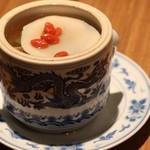 中国薬膳料理 星福 - 星福オリジナル季節の薬膳蒸しスープ