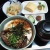 とろりん亭 - 料理写真:牛とろどんぶり800円