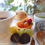 フルーツ イワナガ - ぜんざいセットのフルーツ