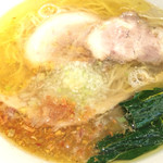 黄金の塩らぁ麺 ドゥエ イタリアン -