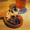 新橋 DRY-DOCK - 料理写真:トルピード エクストラIPA & ドライフルーツ