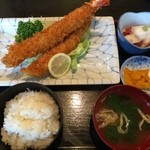 えび松 - 大海老が2本 美味い。