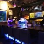 BLUE FISH AQUARIUM - カウンター席!!(^。^)y-.。o○