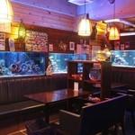 BLUE FISH AQUARIUM - テーブル席!!(^_-)-☆