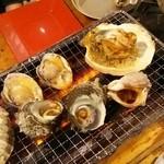 第二漁村 浜焼センター あぶりや - 貝を焼きまくるぞ!