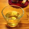 曄 - ドリンク写真:冷たい蕎麦茶が香ばしい