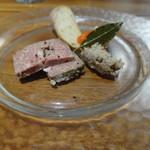 レストラン リッシュ - ちょい呑みメニューのパテとリエット