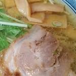 44292908 - 鶏塩らーめん 綺麗なスープ♥