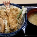 天丼てんや - 天丼てんや 西葛西店 かきと芝海老の天丼 769円(税込830円)