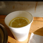 かき小屋 - レモンを買って