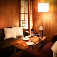 ◆スタイリッシュな店内!人気のソファー席はオススメ♪