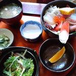 食処 鶴天 - 海鮮丼@750円