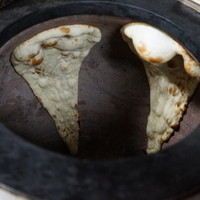本場の土釜を使った、絶品炭焼料理
