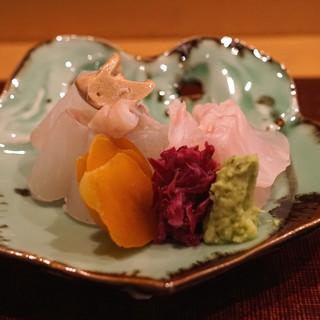 会席料理 岸由 - 料理写真:クエ と 鱸