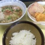 44452717 - ラーメン定食【料理】