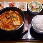 にっこりマッコリ - プデチゲ定食(990円)