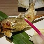 ダイニングキッチン オズ - いわなの塩焼き(780円)。
