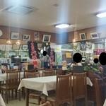 十和田食堂 - お土産屋さんと併設された食事処です