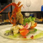 RISTORANTE Baci - キャビアのジュレをかけた伊勢海老と旬野菜のマリネ