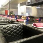 RISTORANTE Baci - 1階のカウンター席