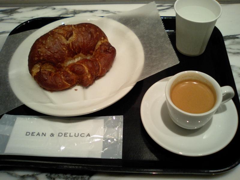 DEAN & DELUCA CAFES �H�c