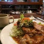 レストラン ピック - 料理写真:日替わりランチ チキンのオーブン焼