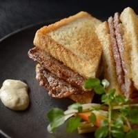 自画自賛ですが世界一のステーキサンドイッチ