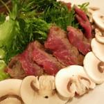 ヌメロ サンク - 牛サーロインのタリアータ