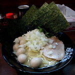 横浜家系ラーメン 綱島商店 - 『塩ラーメン』¥650円 + 『ウズラ増し』¥100円