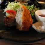 アースガーデン - 米糠入り黒豚メンチカツ
