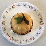 ビーネマヤ - 料理写真:パンプキンケーキ、400円です。