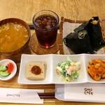 OMU - 料理写真:お惣菜セット