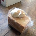 cimai - blanc(食パン)&バターロール