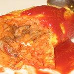 天六食堂 - オムライスの中身はケチャップライス、牛肉、玉葱