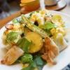 カフェ ラプレ - 料理写真:チキンとパンのサラダランチ