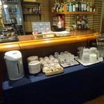 カフェ&バー コルト - モーニング432円のセルフレーン