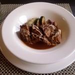 レストラン カシュカシュ - 料理写真:「ビーフシチュー」は、とろとろになった肉、味付けの全てにおいて素晴らしいものでした。