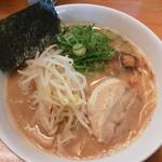 麺屋 一 - 醤油豚骨らー麺680円(税込)