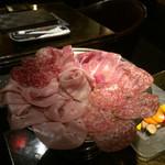 ルナ - 料理写真:生ハム盛り合わせ パルマ産ハム ミラノサラミ イベリコサラミ コッパ モルタデッラ