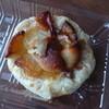 アップルヒル みやげコーナー - 料理写真:アップルパイクルミクリームチーズ