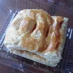 アップルヒル みやげコーナー - アップルパイ