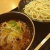 福籠 - 料理写真:今日のランチは牛辛つけ麺。めんを食べ終わったら、残りの肉とスープをライスにぶっかけて生卵かけて2度美味しい!ご馳走さまでした。